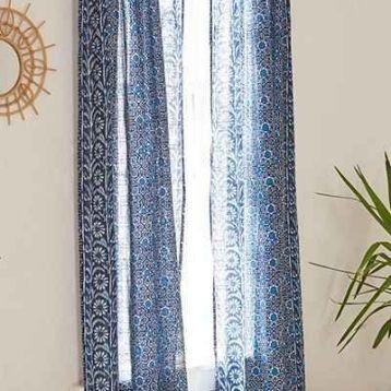 ผ้าม่าน batik