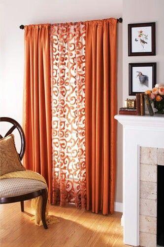 ผ้าม่านสีส้ม