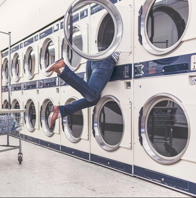 การซักผ้าม่านเป็นเรื่องที่ยุ่งยากเหลือเกิน