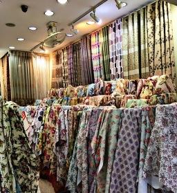 ซื้อผ้าทำผ้าม่านไปตัดเย็บเอง