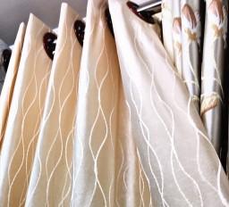 ผ้าม่านโทนสีครีม เหมาะใช้ได้กับบ้านทุกสไตล์