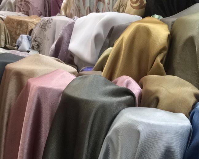ผ้าม่านสำเพ็งพาหุรัด ขายราคาโรงงาน ที่ร้านผ้าม่านFabric Plus
