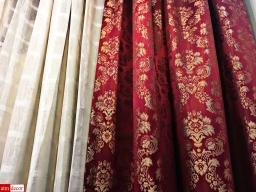 ผ้าม่านสีแดง สีร้อนแรงมีพลัง