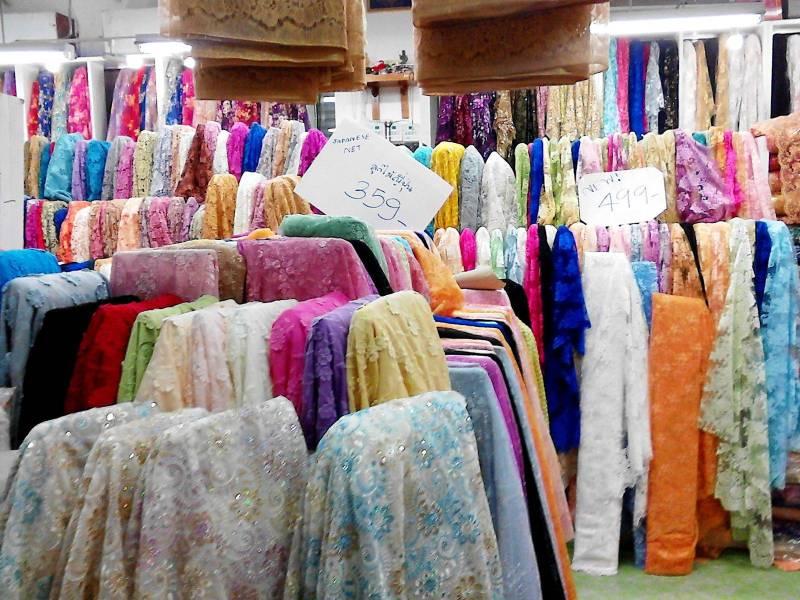 ตลาดผ้าพาหุรัด