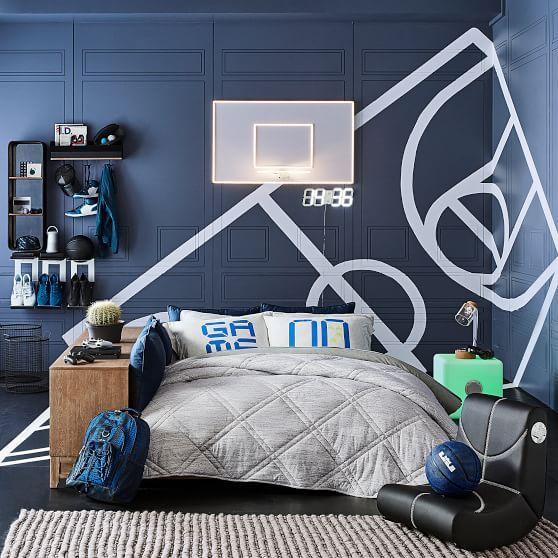 ตกแต่งห้อง มี basketball ธีม