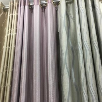 ร้านผ้าม่าน ขายส่งผ้าม่าน สวยๆ ราคาถูก รับติดตั้งผ้าม่านทุกที่ในกรุงเทพฯ