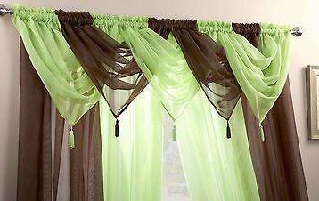 ผ้าม่าน diy สีเขียวตัดกับสีน้ำตาล ดูโดดเด่น
