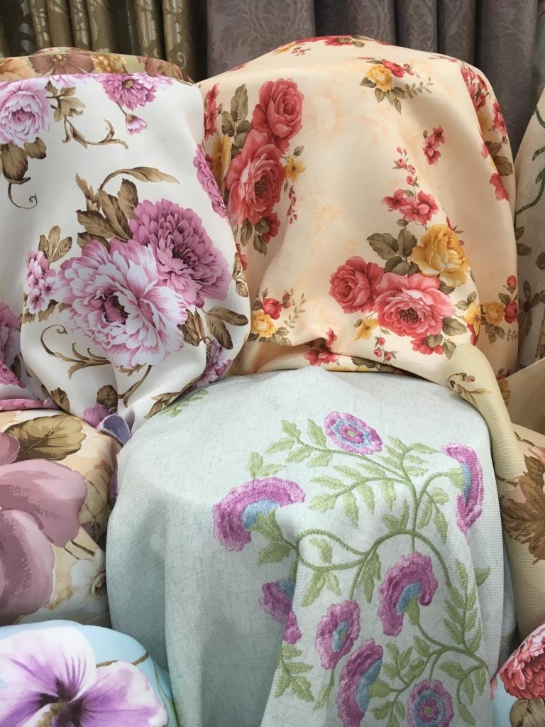 ผ้าม่านสวยๆ ควรมีลอน เพื่อให้ผ้าม่านดูภูมิฐาน มีเสน่ห์ลงตัว