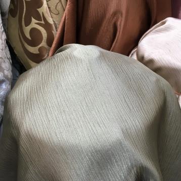 ผ้าม่านกันUV เนื้อเงา ทอละเอียด ร้านผ้าม่านพาหุรัด บริษัท แฟบริค พลัส แหล่งผ้าทำผ้าม่านประเทศไทย