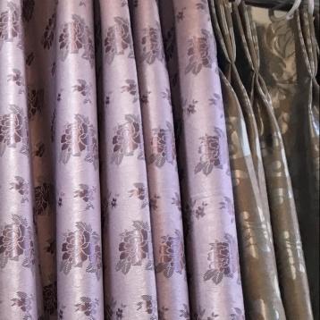 ผ้าม่านตาไก่ สีม่วง ลายสวย ร้านผ้าม่าน แฟบริค พลัส แหล่งผ้าทำผ้าม่านประเทศไทย