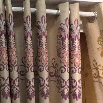 ผ้าม่านตาไก่ สไตล์โมเดิร์น ดูสวยงาม มีระดับ