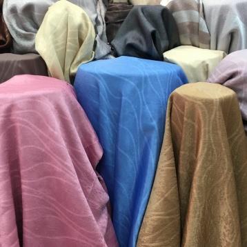 ผ้าม่านลายเวฟ กันUV สวยมาก สไตล์โมเดิร์น เนื้อผ้าคล้ายผ้ากำมะหยี่ ร้านผ้าม่านพาหุรัด สวย ราคาถูก บริษัท แฟบริค พลัส แหล่งผ้าทำผ้าม่านประเทศไทย