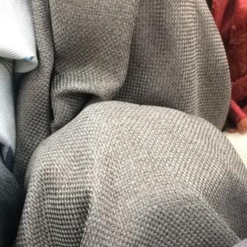 ผ้าม่านเนื้อกระสอบ หนาพิเศษ น้ำหนักมาก ร้านผ้าม่านพาหุรัด สี ovaltine