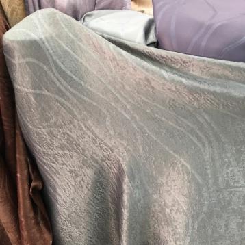 ผ้าเย็บผ้าม่านกันUV เนื้อขนสั้นเกรียน เนื้อพรีเมี่ยม ร้านผ้าม่าน แฟบริค พลัส พาหุรัด