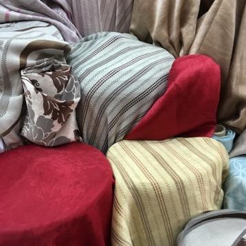 ผ้าม่านลายสวย เนื้อสวย ราคาถูก ร้านผ้าม่าน แฟบริค พลัส พาหุรัด