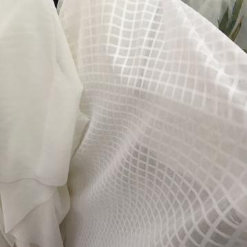 ผ้าม่านโปร่ง ลายตาราง ร้านผ้าม่านพาหุรัด