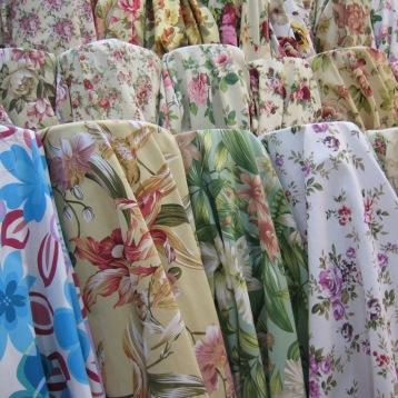 ผ้าแคนวาส สำหรับตัดผ้าม่าน ดีไซน์ลวดลายดอกไม้ แหล่งผ้าทำผ้าม่าน