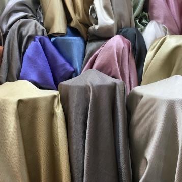 ผ้าม่านกันยูวี เนื้อเงา สีสวยๆ ร้านผ้าม่าน ATM Decor บริษัท แฟบริค พลัส พาหุรัด