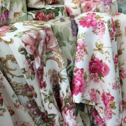 ผ้าม่านลายดอกไม้ ตัดเย็บตามสั่ง มีลายสวยๆให้เลือกมากมาย