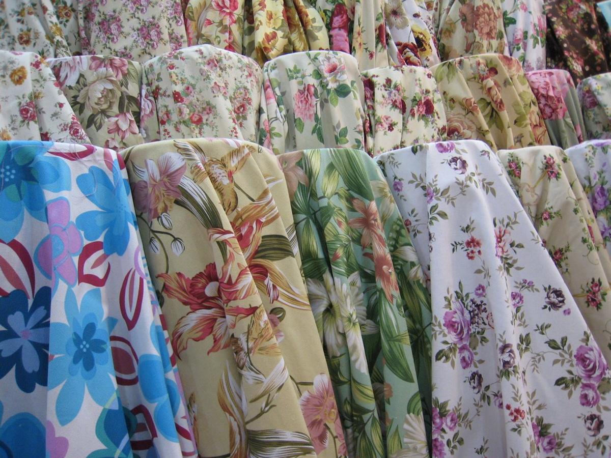 ผ้าแคนวาส ลายดอกไม้ แน่นหนาพิเศษ หน้ากว้าง 60″ ราคาโรงงาน เมตรละ 99 เท่านั้น!